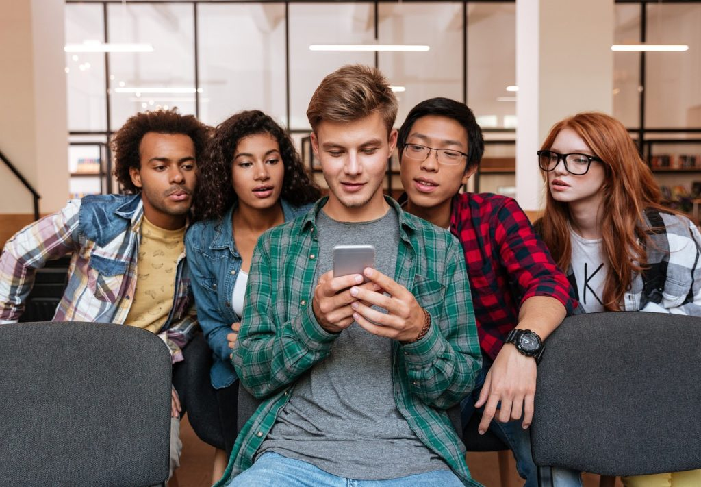 Looking to Recruit Gen Z? You have 8.25 seconds… Go!